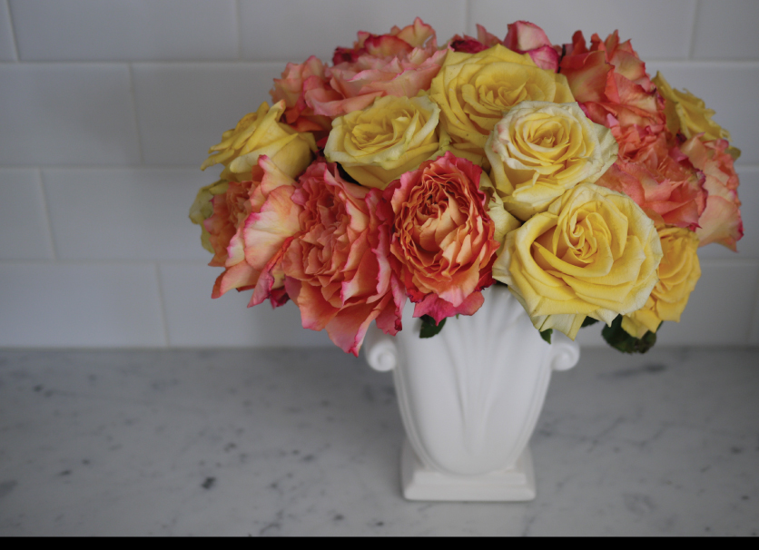 Beautiful-Roses-in-the-Kitchen