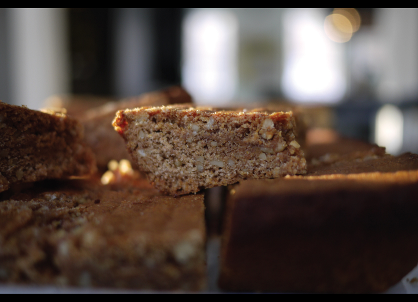 Spiced-Walnut-Honey-Cookie-Bars